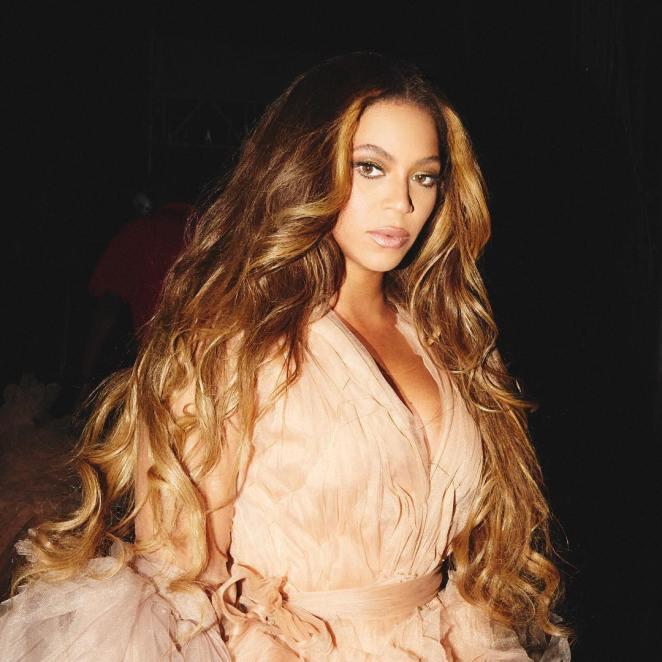 cabelo dourado Beyoncé