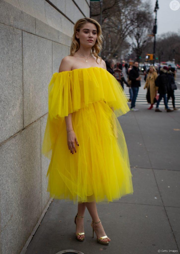 look amarelo festa