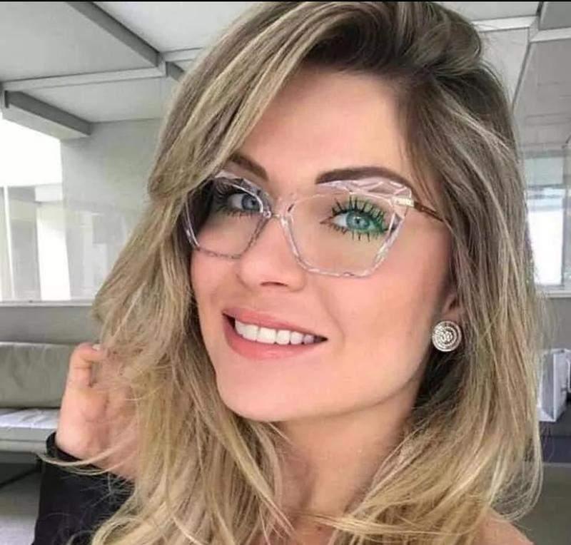 óculos para rosto redondo incolor quadrado