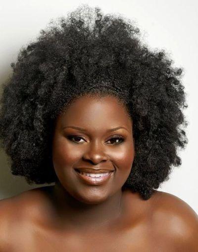 mulher negra linda