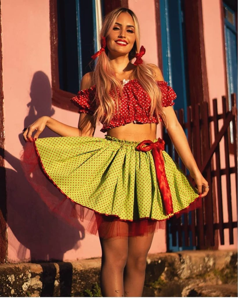look festa junina tradicional