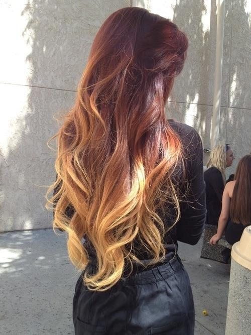 cabelo vermelho com mechas californianas