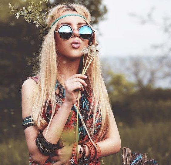 tiara hippie