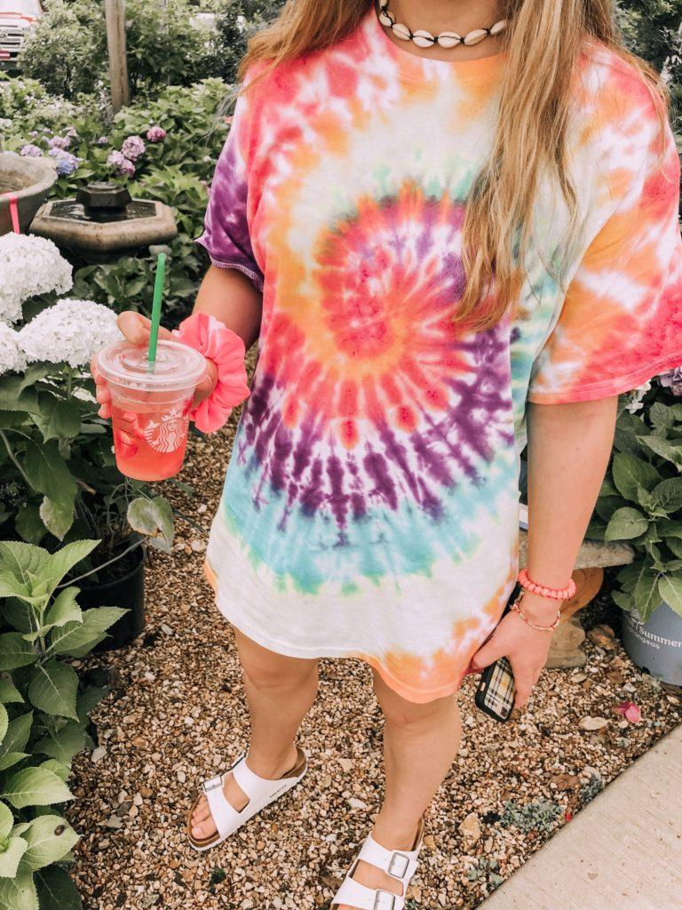 camiseta tie dye vsco girl